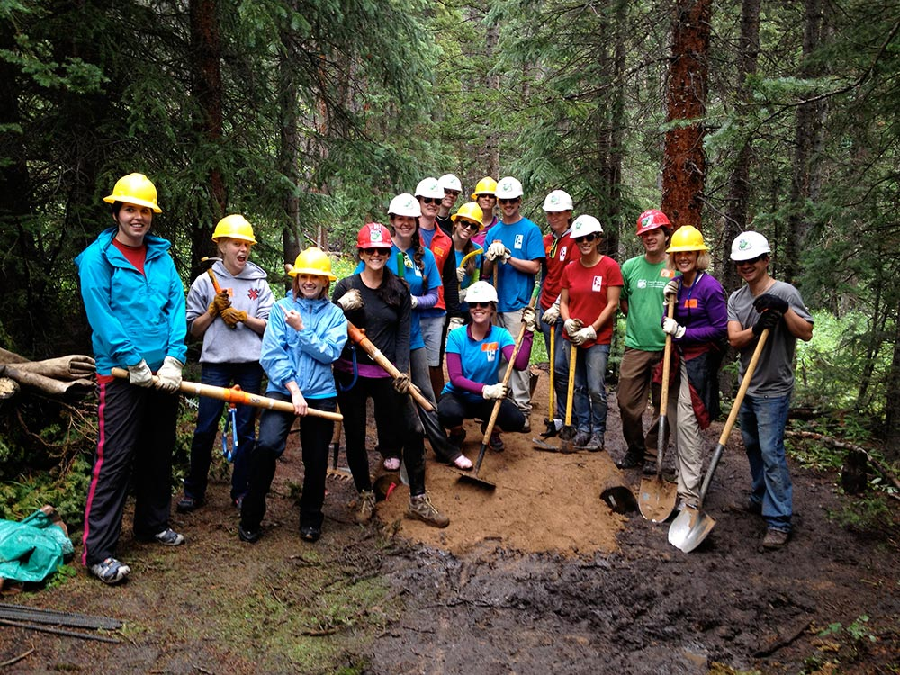 BGV Employees Working on Peaks Trail